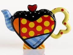 Mini Heart Design Teapot - Romero Britto