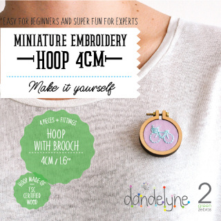 Mini hoop 4cm with brooch fastening