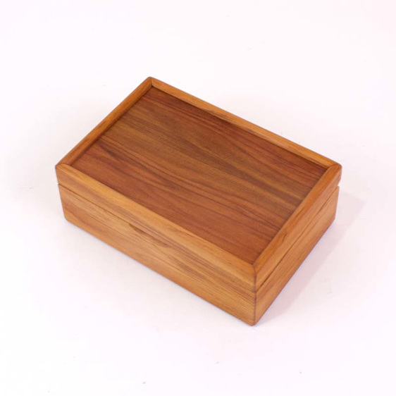 mini jewellery box closed