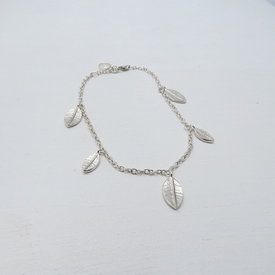 Mini Leaf Fall Bracelet