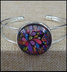 Mix Spiral Glass Dome Bangle