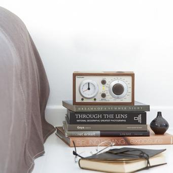 MODEL THREE BT CLOCK RADIO WITH BLUETOOTH WALNUT/BEIGE