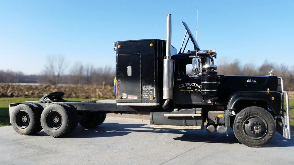 Modeltruckin 1 25 Convoy Rubber Duck Truck Amp Trailer