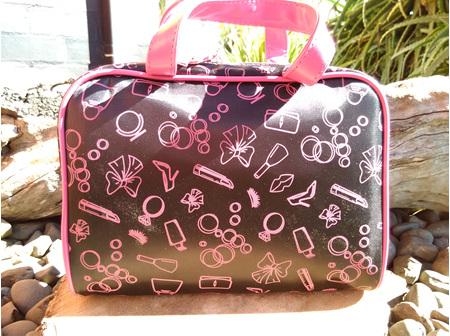 MONDO Dress Up Handle Bag