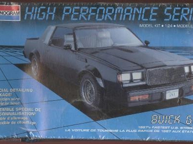 Monogram 1/24 1987 Buick GNX (High Performance Series)