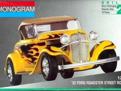 Monogram 1/24 32 Ford Roadster Street Rod