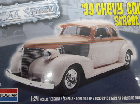 Monogram 1/24 39 Chevy Coupe Street Rod