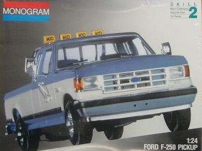 Monogram 1/24 Ford F-250 Pickup