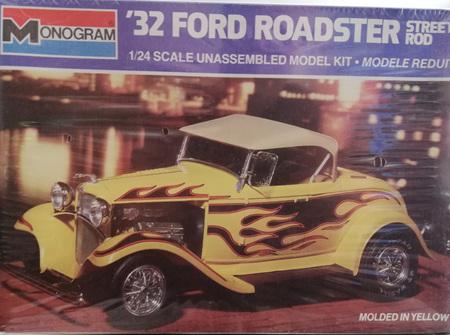 Monogram 1/24 32 Ford Roadster Street Rod (MON2718)