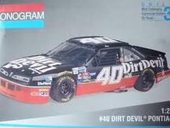 Monogram 1/24 Dirt Devil Pontiac