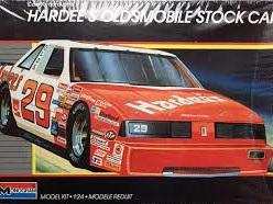Monogram 1/24 Hardee's Oldsmobile