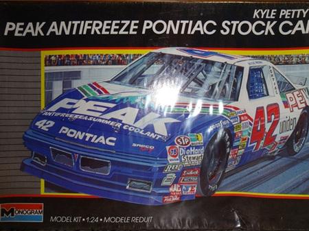 Monogram 1/24 Kyle Petty's Peak Antifreeze Pontiac Grand Prix