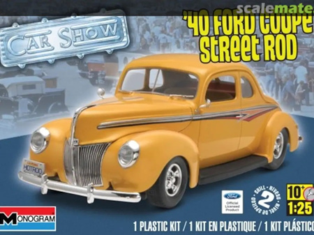 Monogram 1/25 40 Ford Coupe Street Rod
