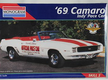 Monogram 1/25 69 Camaro Indy Pace Car