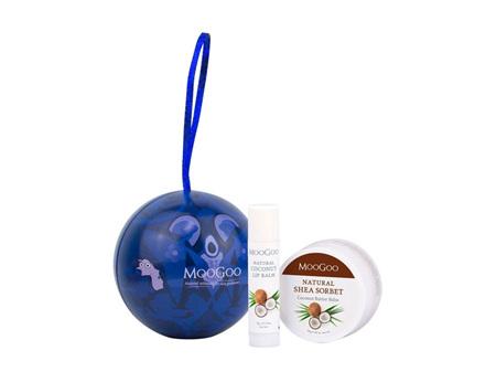 MooGoo Christmas Bauble Gift
