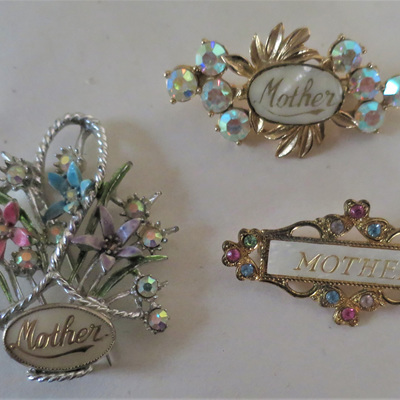 Mother brooches