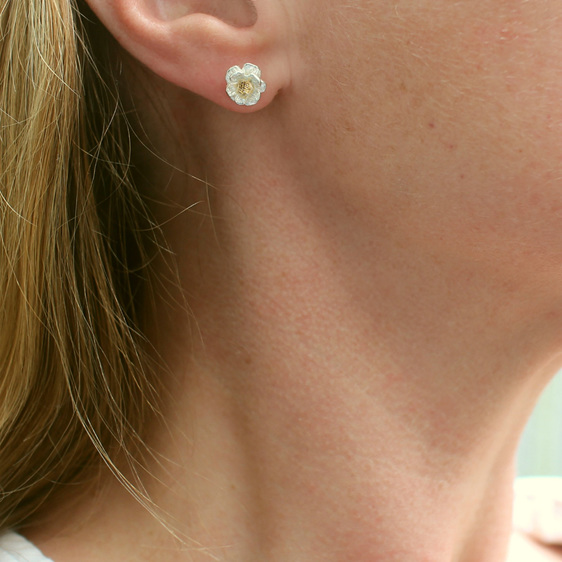 mount cook lily studs flower sterling silver gold nature delicate feminine flora