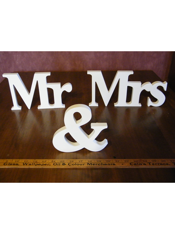 mr and mrs table sign hire