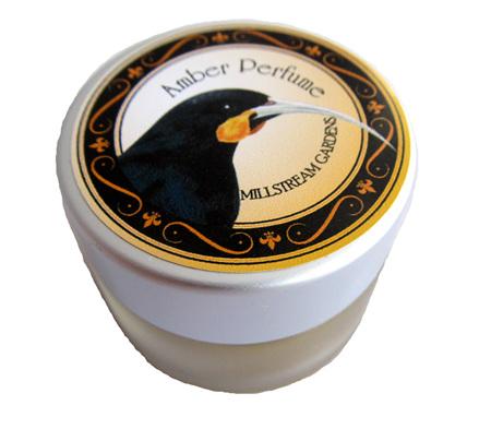 MS46 Creme Perfume Huia Amber