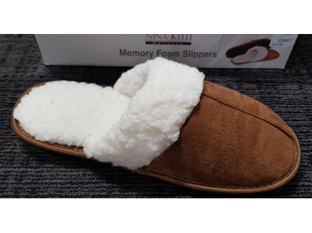 N.Kelii Woman Slippers Fleece Small
