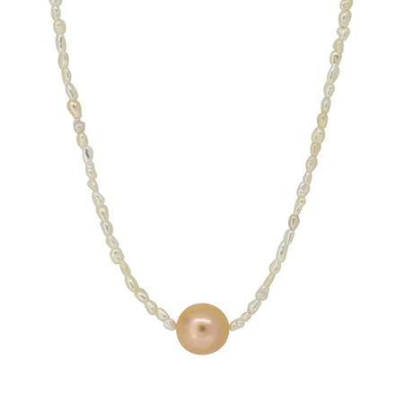 Natural and Round Pearl Necklace
