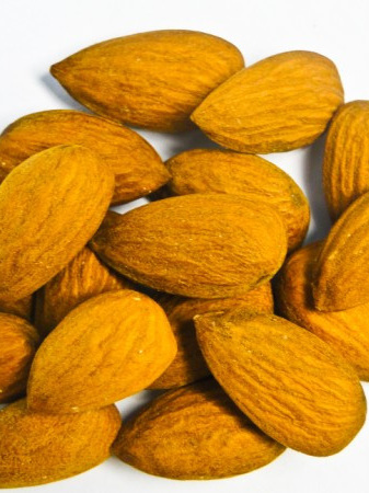 Natural Raw Whole Almonds - 100g