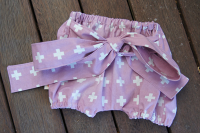 """Neve"" Tie Bloomers, ""Mauve Plus"" 100% Cotton, 0-3 mths"