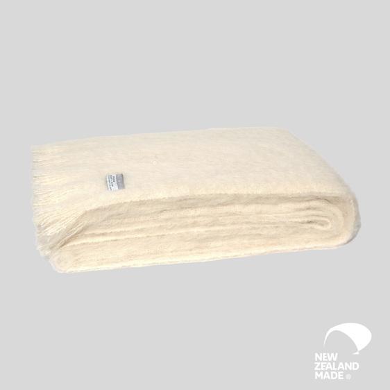 New Zealand Made Alpaca Throw Blanket Cream