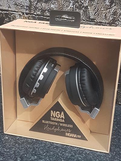 Nga Taringa Headphones - Black