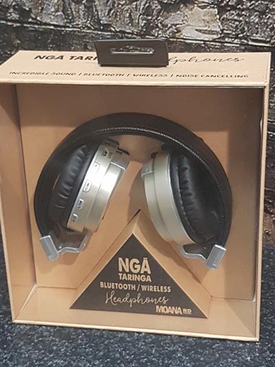 Nga Taringa Headphones - Gold