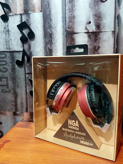 Nga Taringa Headphones - Red