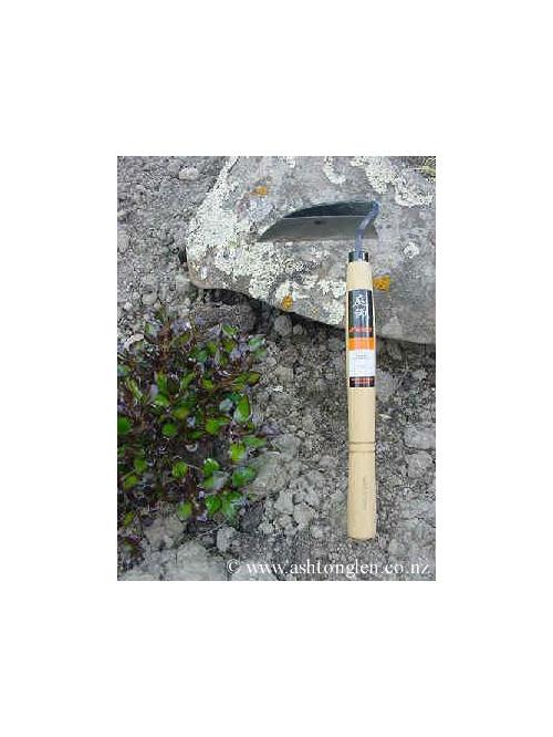 Niwashi Gardening Tool - Right Handed