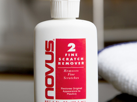 Novus Fine Scratch Remover 2oz. Bottle