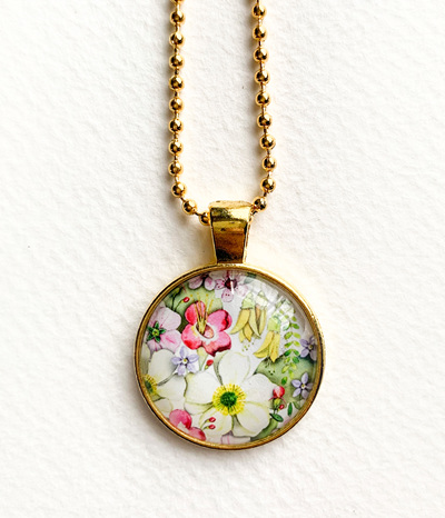 NZ flora pendant necklace - gold