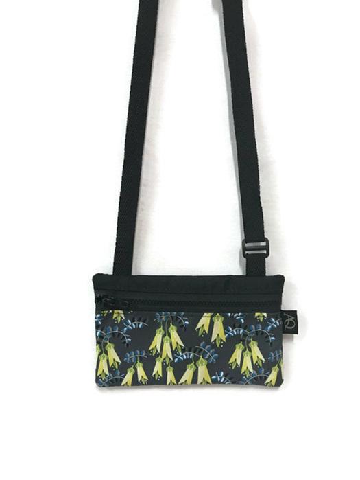 NZ Kowhai flower handbag