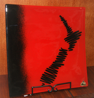 NZ SQUIGGLE RED MEDIUM SQUARE 300X300mm