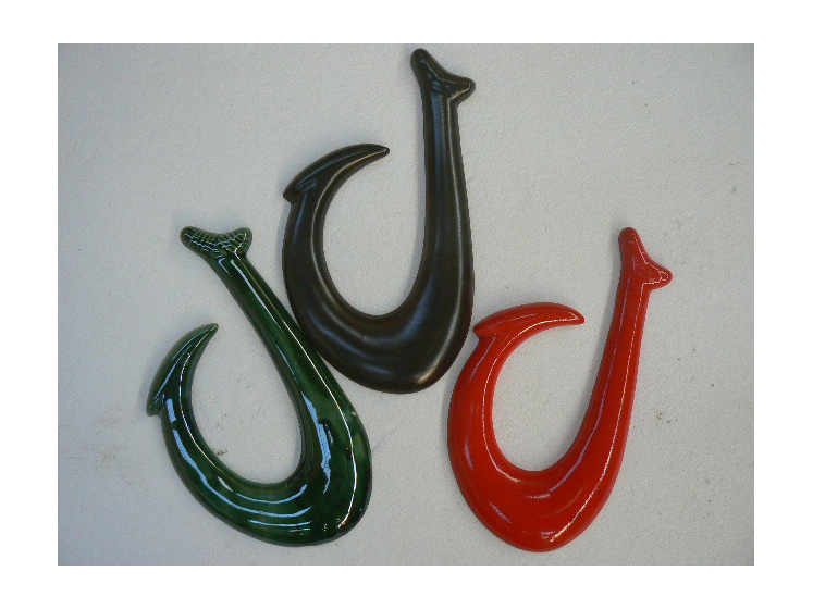 NZ style hook, wall hanging , ceramic, collectable NZ