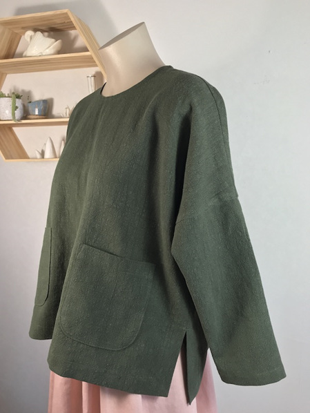 Olive Sakura button top