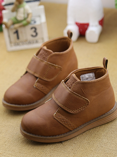 Oshkosh Brown Bootes