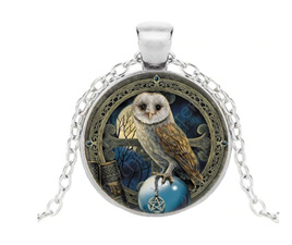Owl Glass Pendant Necklace (Silver)