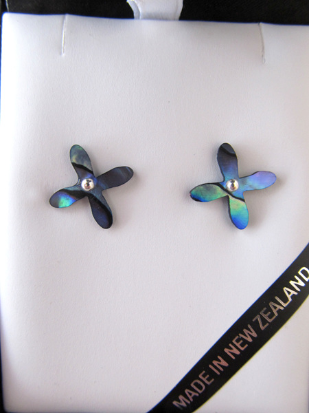 P1093 Paua tapa stud earrings.