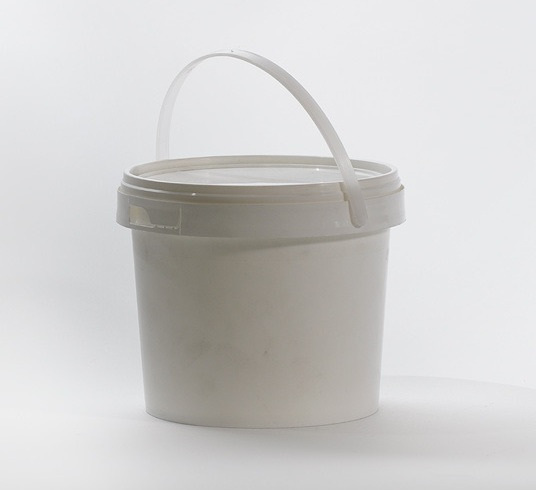 Pallet of 4L Food Grade Plastic Buckets with Lids