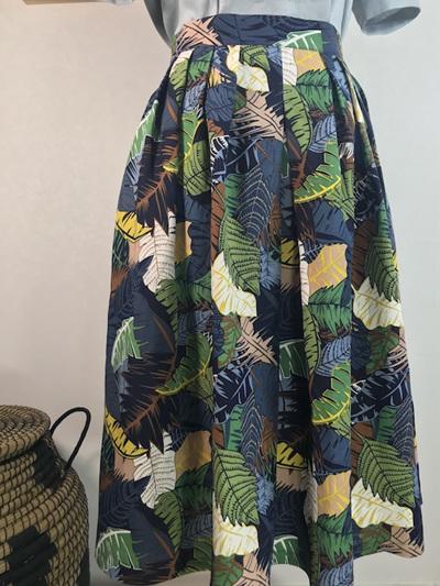 Palm leaves pleat midi skirt