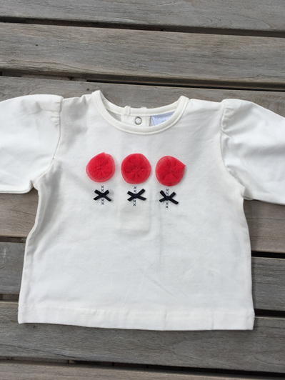 Papoose long sleeved cream with red flowers