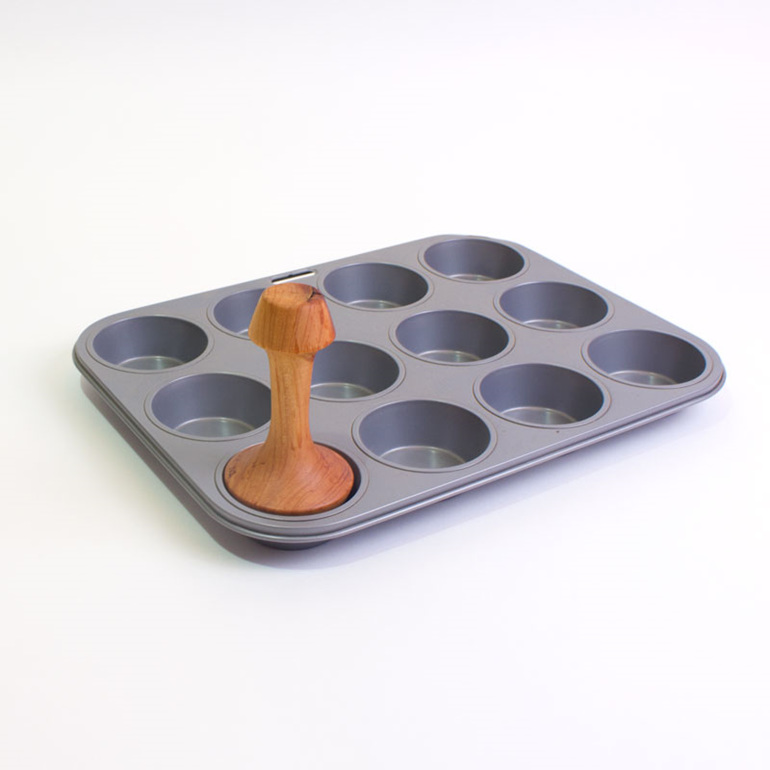 pastry tamper in tray - nz made