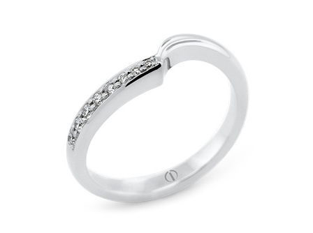 Patai Delicate Ladies Wedding Ring