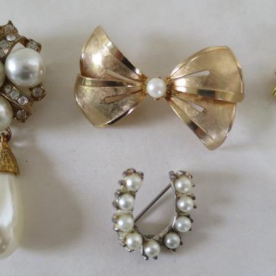 Three different pearl