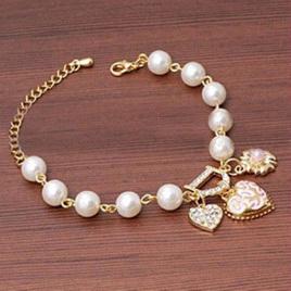 Pearl & Charm Bracelet