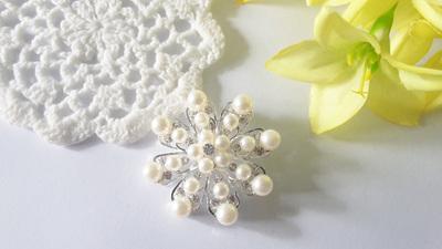 Pearl Snowflake Brooch