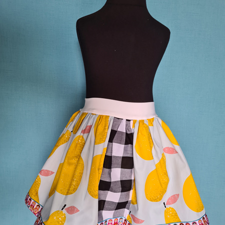 Pears & Dolls Skirt Size 4-6